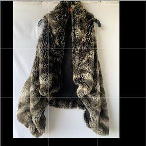 Faux fur vest 🖤